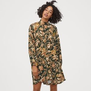 Dark Green Floral Wide-Cut Dress